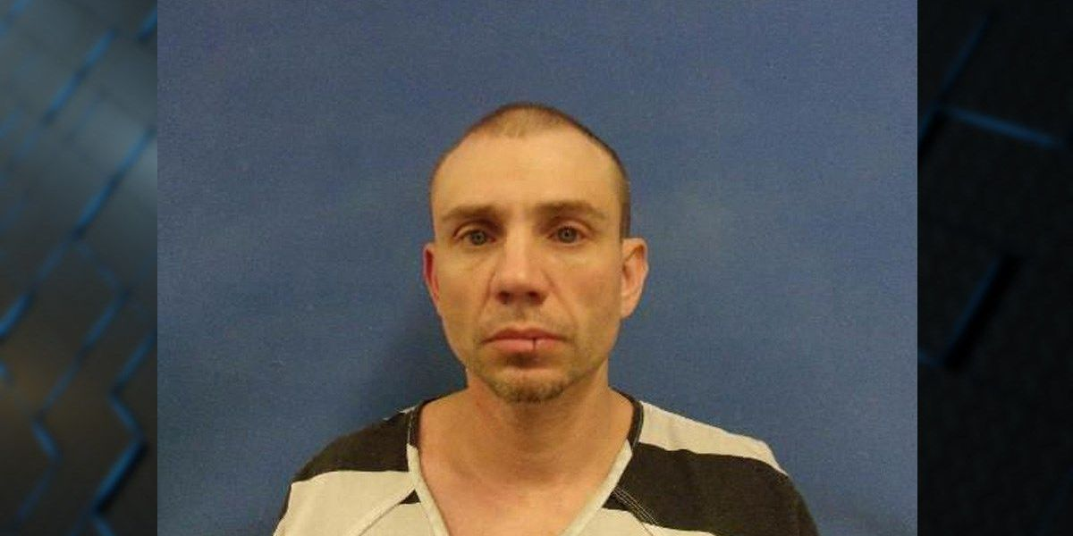 Brown County search warrant reveals meth lab, arrests made