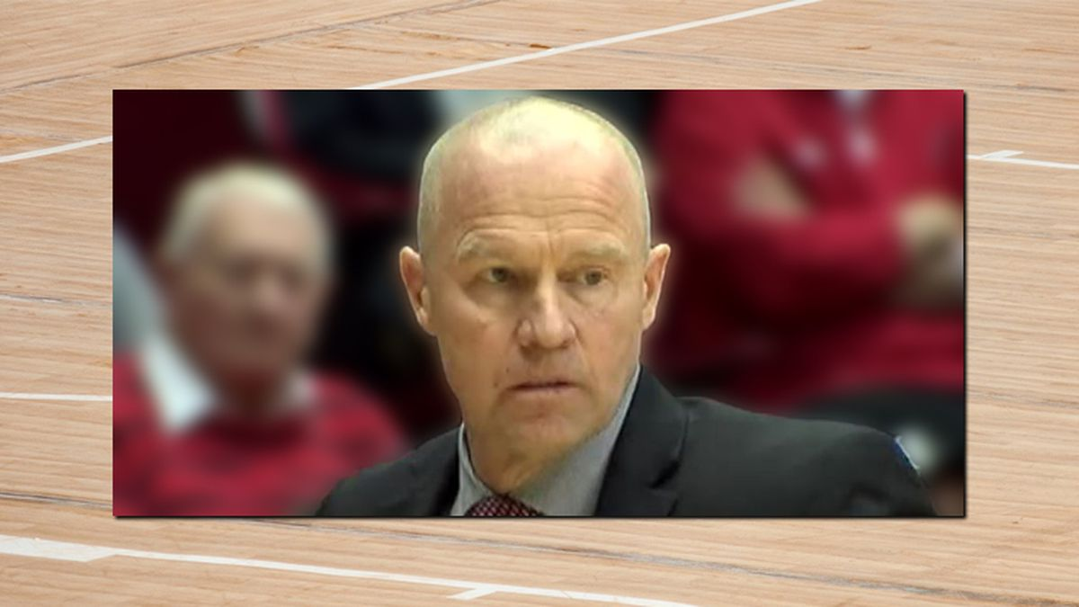 Ex-UC assistant basketball coach to plead to misdemeanor assault