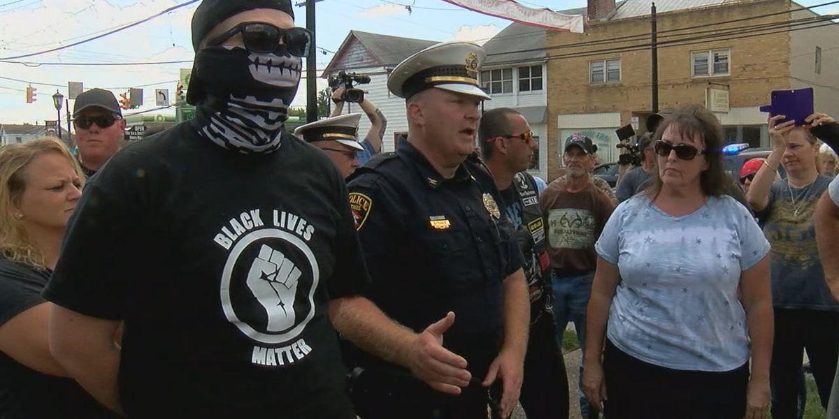 Former Bethel police chief files lawsuit against mayor