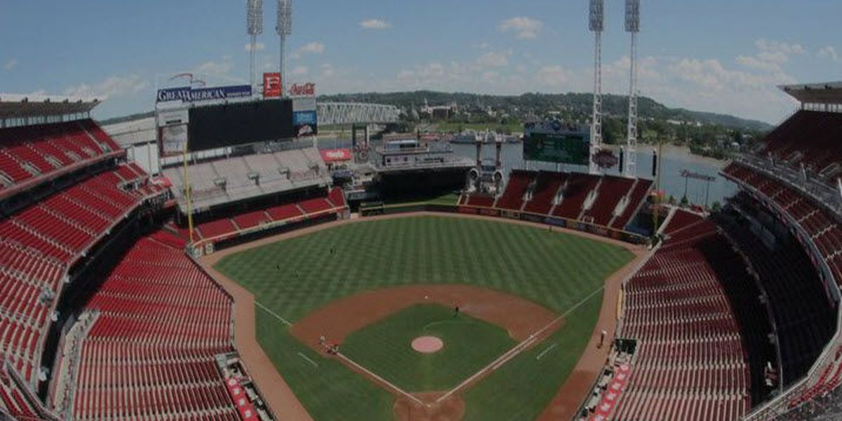 Reds lose to Phillies on Opening Day, 4-3