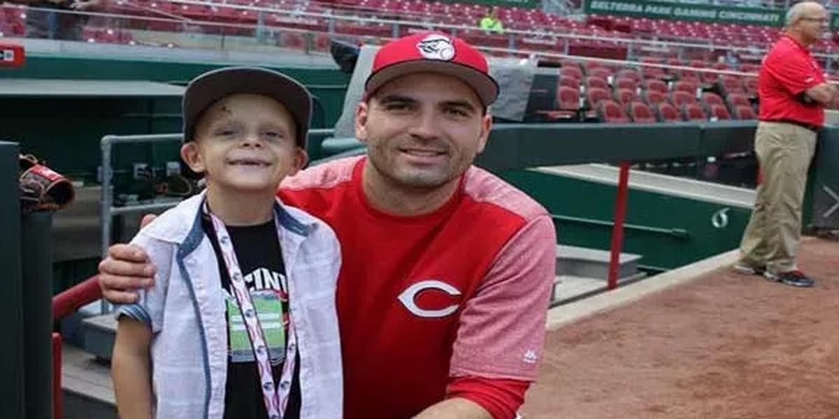 Help Superbubz's dad find Joey Votto home run ball