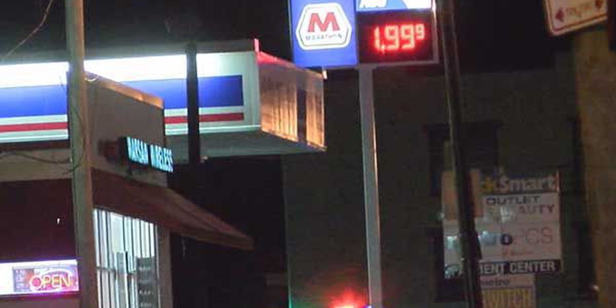 Police: Gas station employee shoots alleged robber