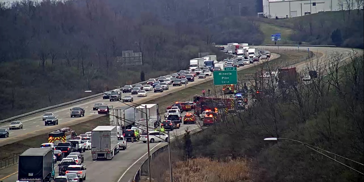 3 lanes of EB I-275 section closed, expect delays for hours