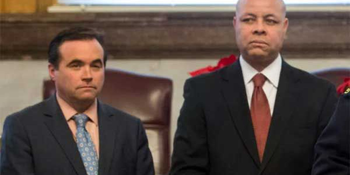 Battle lines drawn at City Hall over city manager
