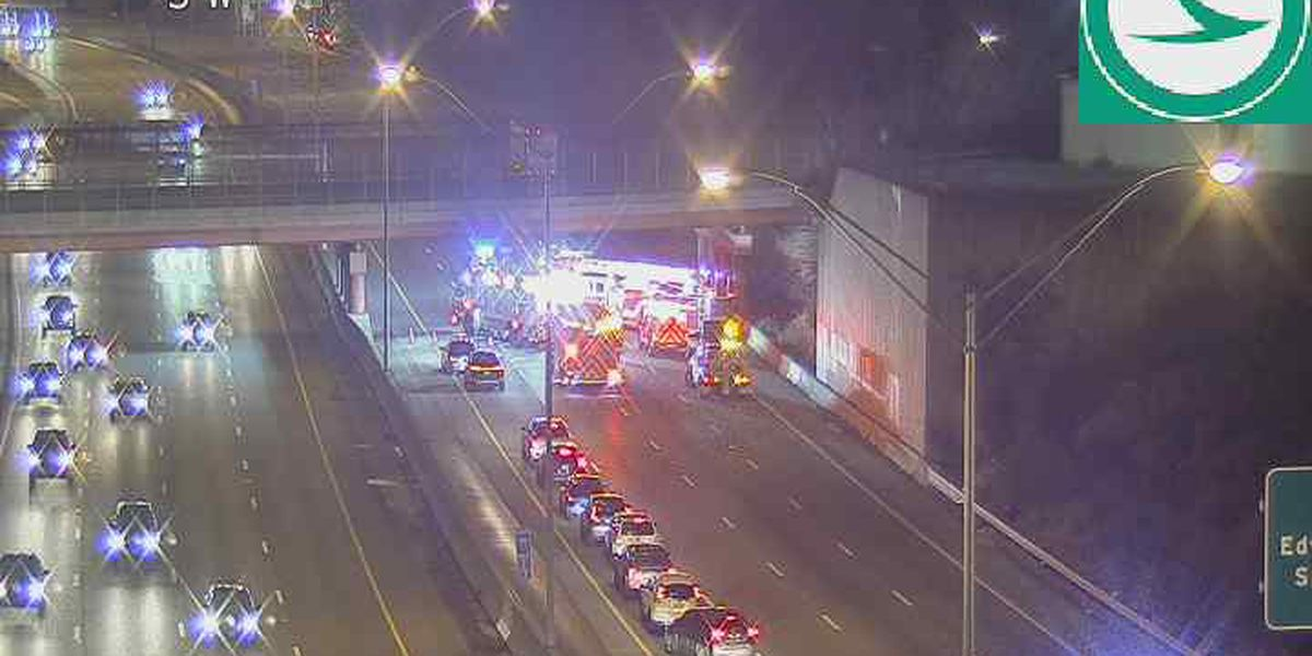 Lanes closed on southbound I-71 near Norwood Lateral after crash involving semi