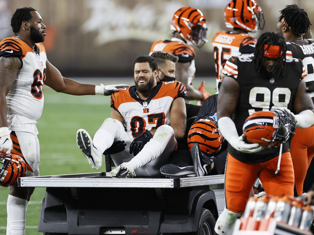 Bengals tight end C.J. Uzomah out for the season
