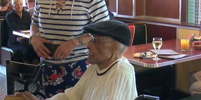 Tuskegee Airman turns 100 in Cleveland