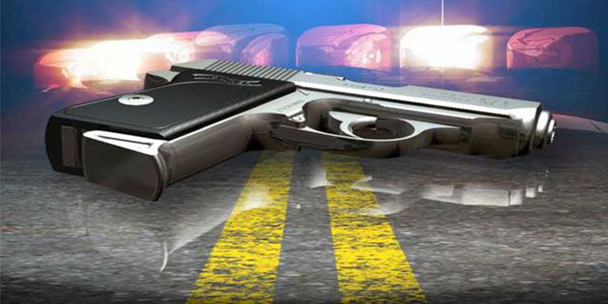 Man shot 4 times in Walnut Hills