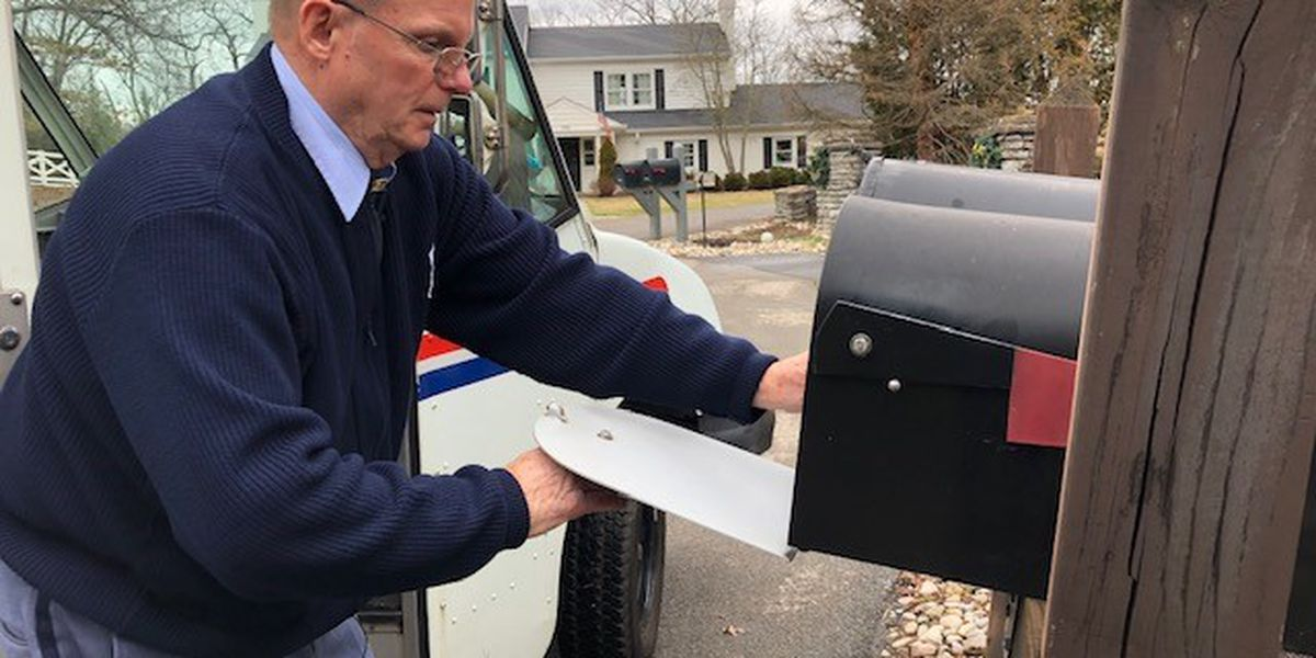 Postal carrier retires after 50 years of service in Cincinnati