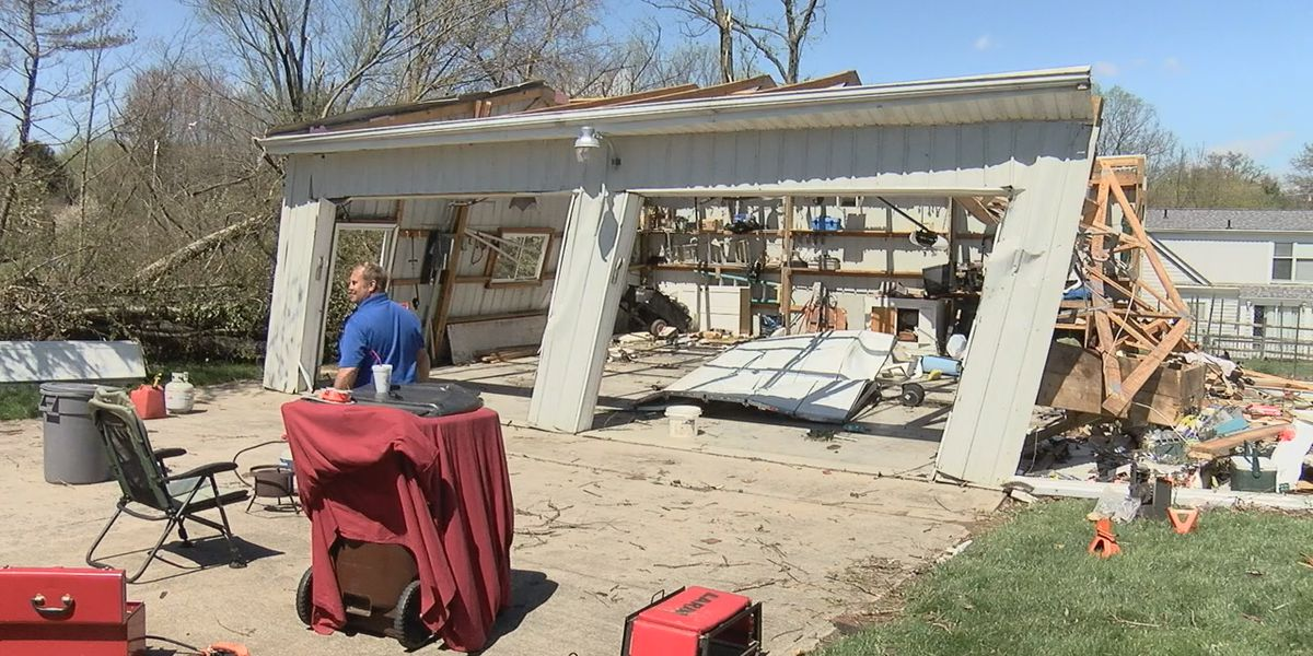 'Resilient' communities on display as cleanup begins in the wake of Wednesday's storms