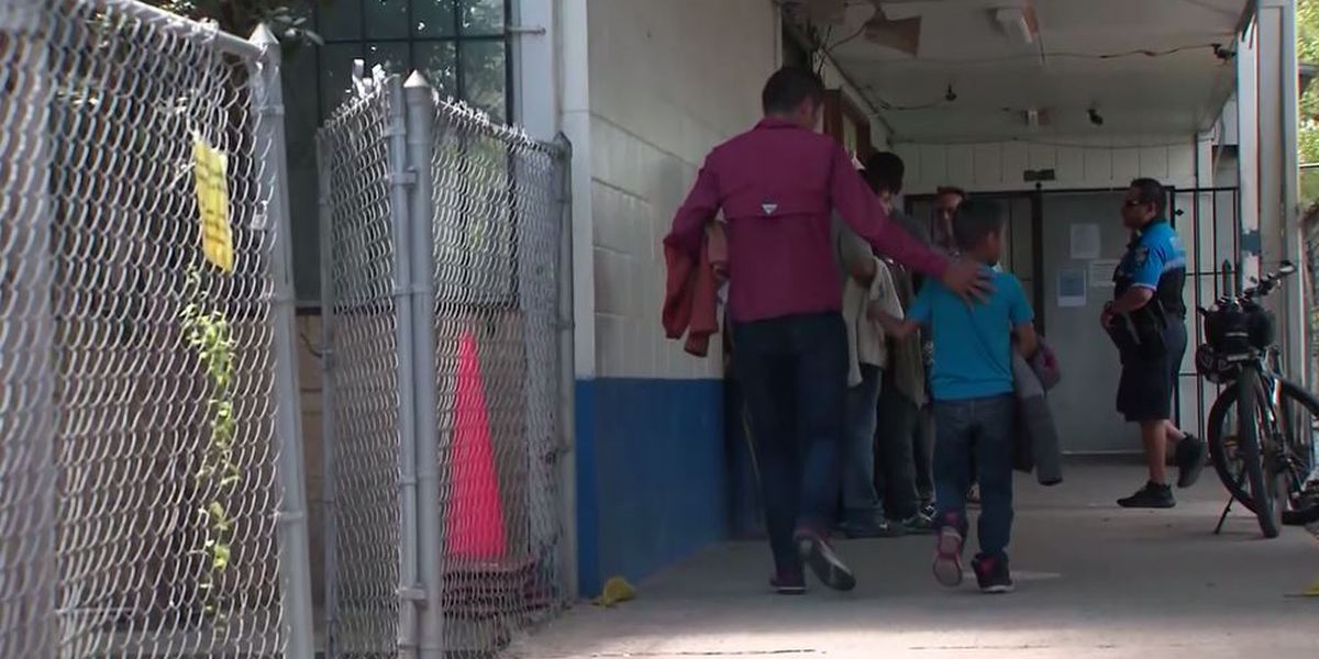 US takes step to require DNA samples from asylum-seekers