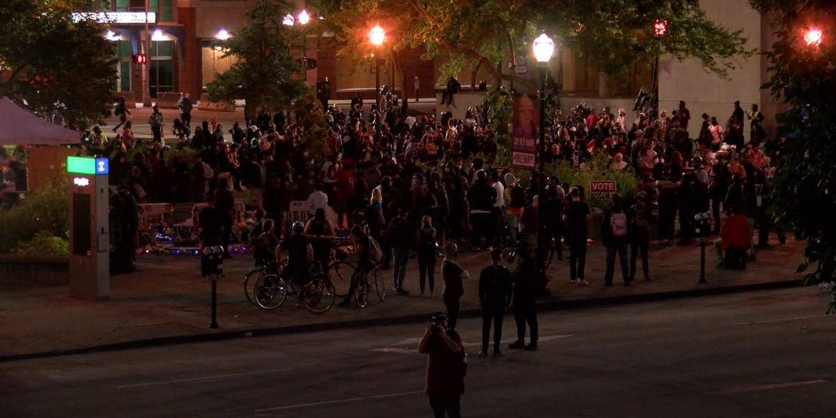 Rep. Attica Scott, 23 others charged with rioting, unlawful assembly in Louisville