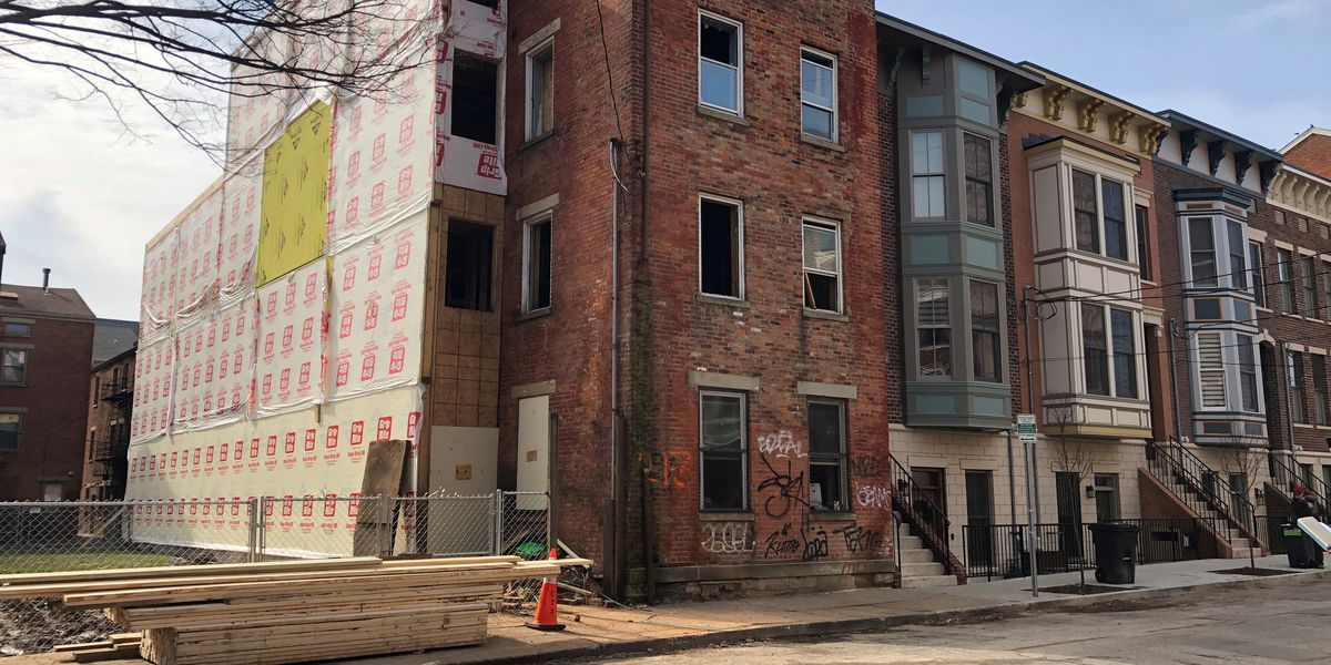 Firefighter injured in fall in OTR building under renovation
