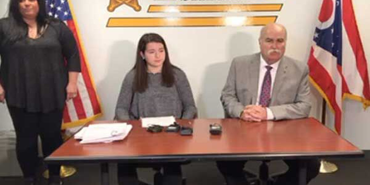 Student appears with sheriff to plead for action to make schools safer