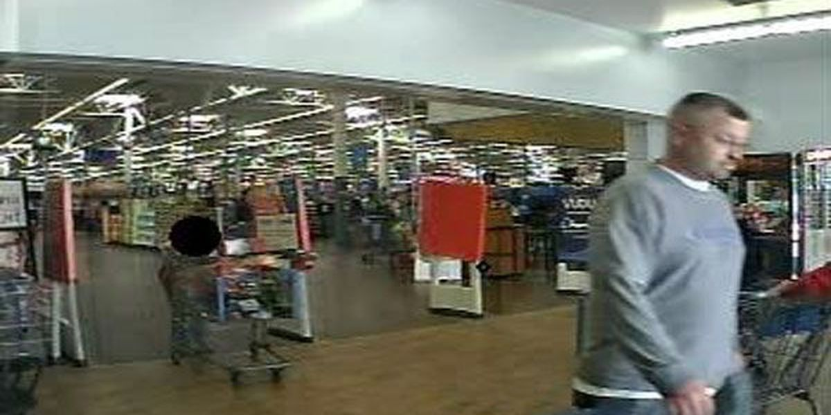 Florence PD: Man uses kid to help shoplift