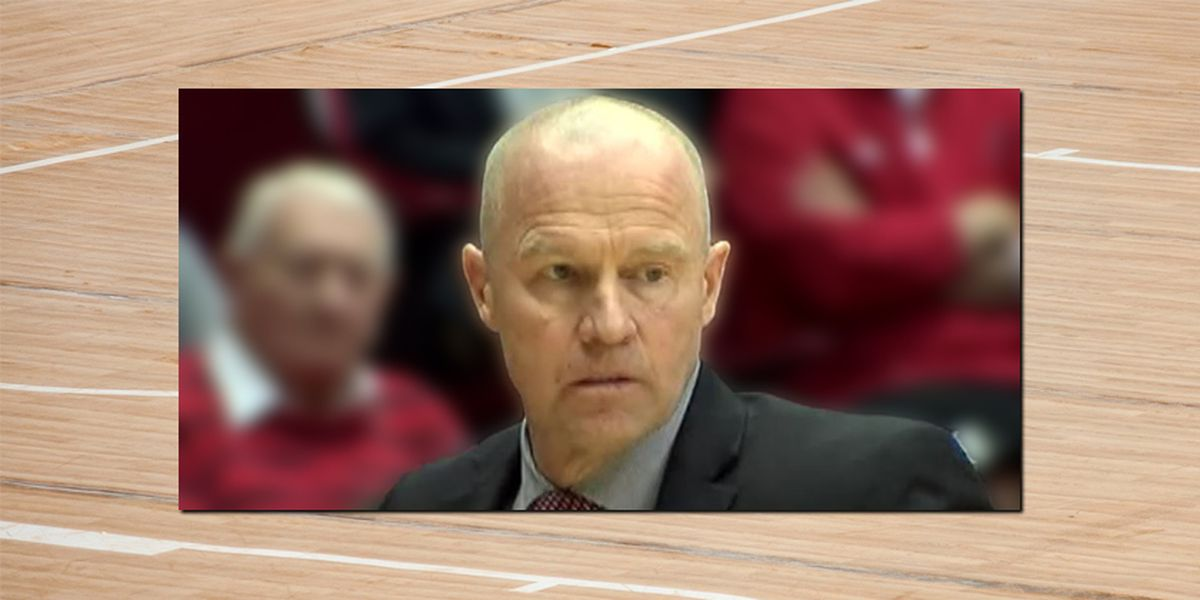 Woman says former UC assistant basketball coach groped her on plane after she'd fallen asleep
