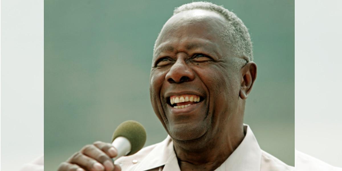 Hank Aaron's iconic moments in Cincinnati