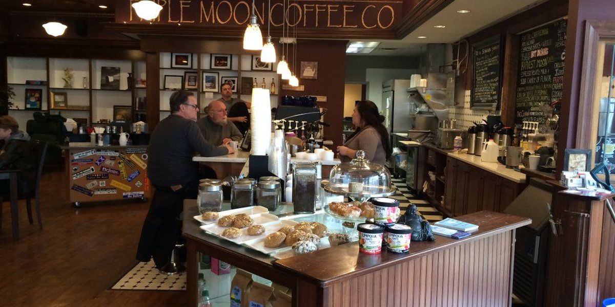 Middletown coffee shop shows support for Madison HS