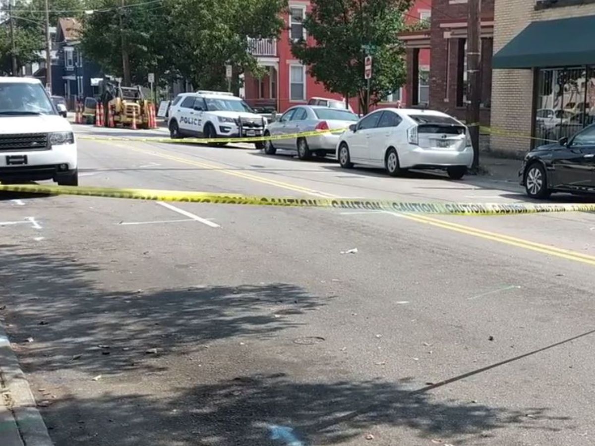 Northside shooting victim shows up at hospital, police search for suspect