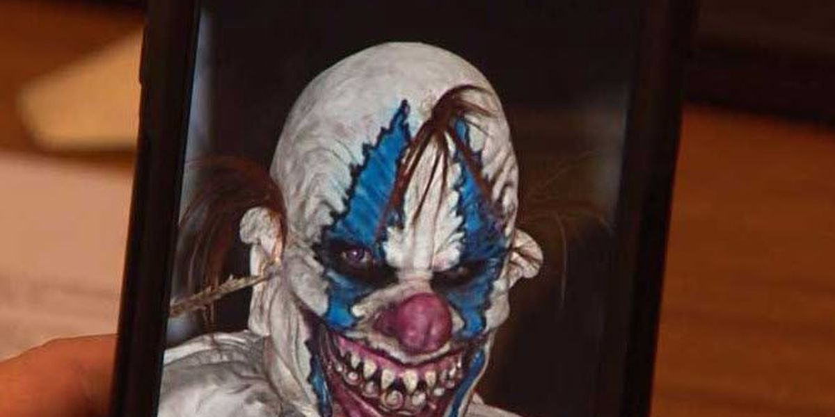 Police increase patrols after report of man in clown mask chasing students