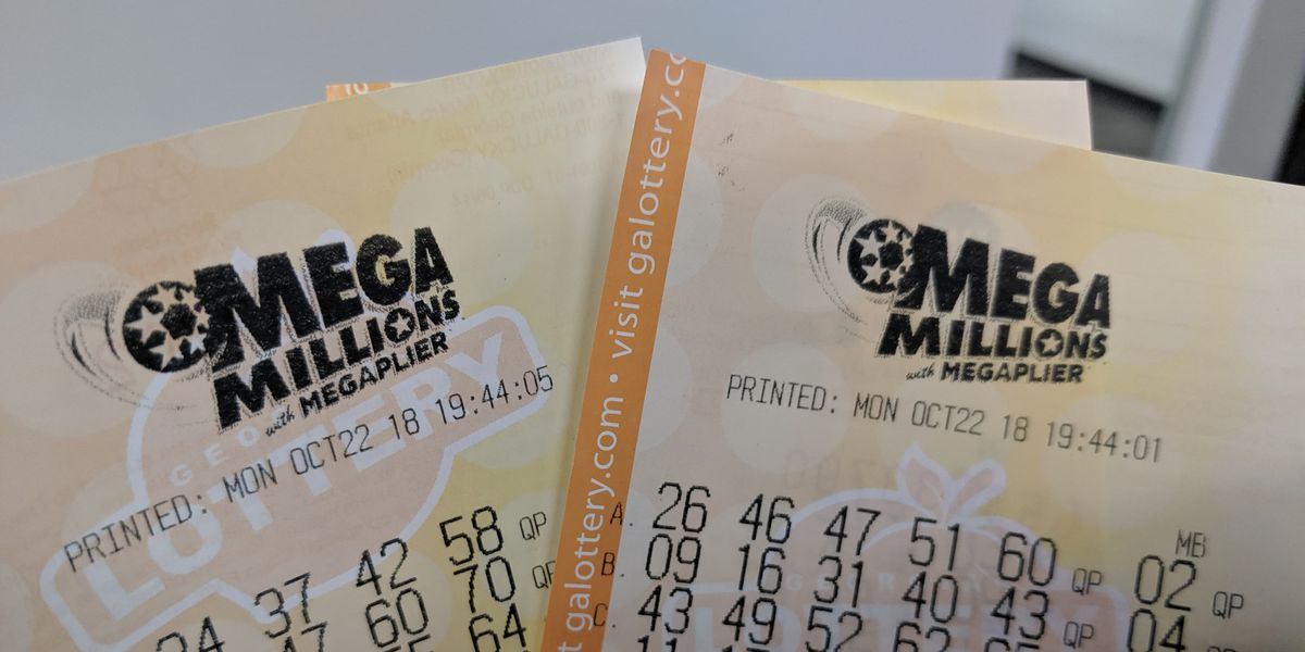 Mega Millions winner must pay $15 million to ex-wife