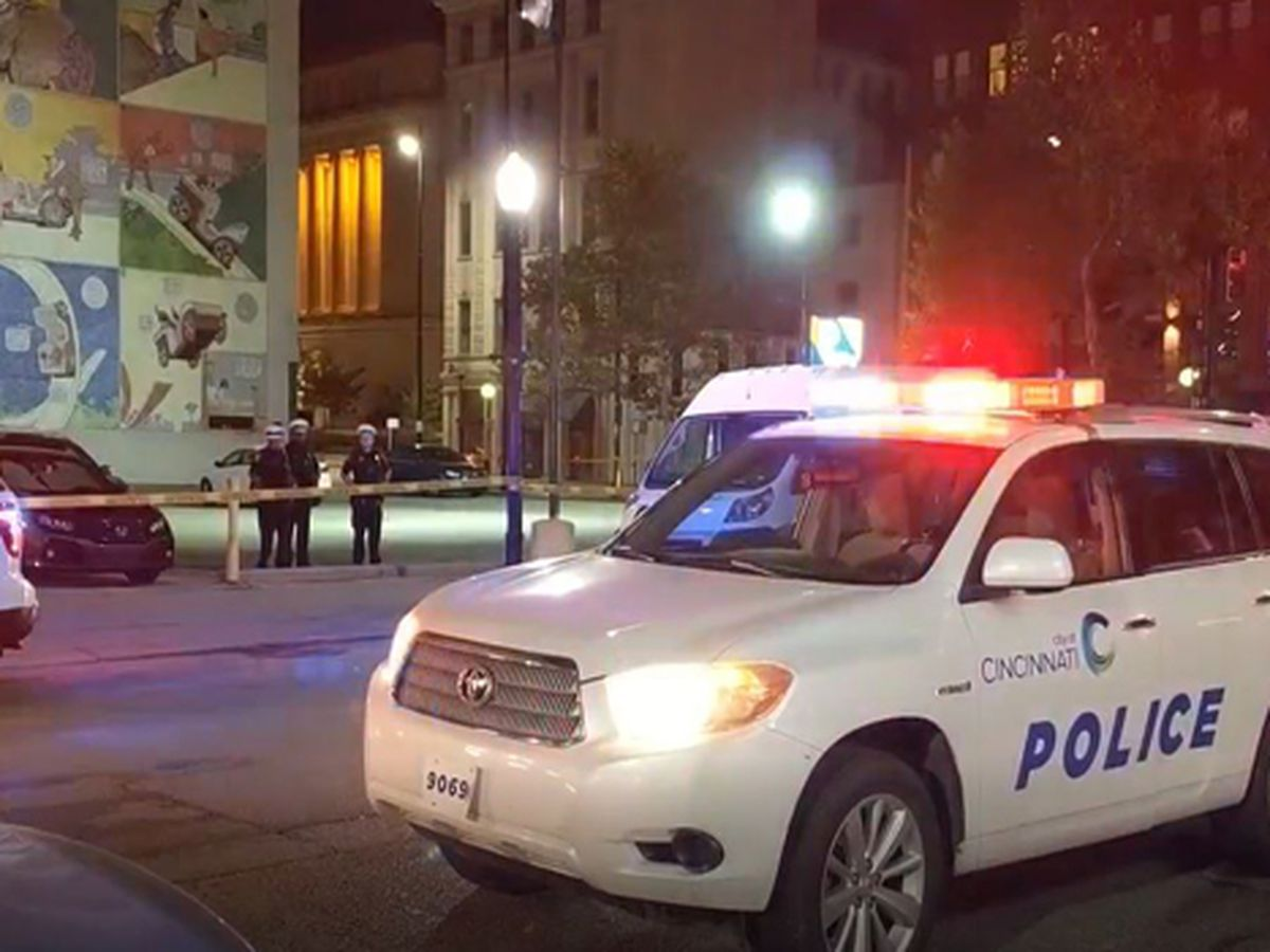 Police: Gunman in Downtown shooting aimed for victim's head, but victim fought back