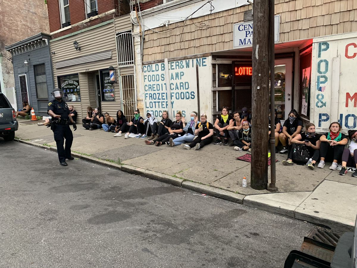 Dozens arrested after Cincinnati curfew takes effect