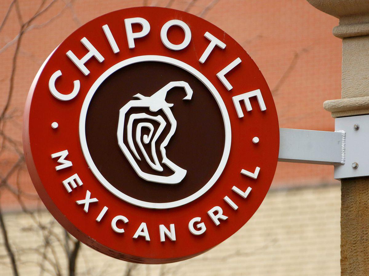Chipotle hiring 500 workers in Cincinnati, 20,000 across the U.S.