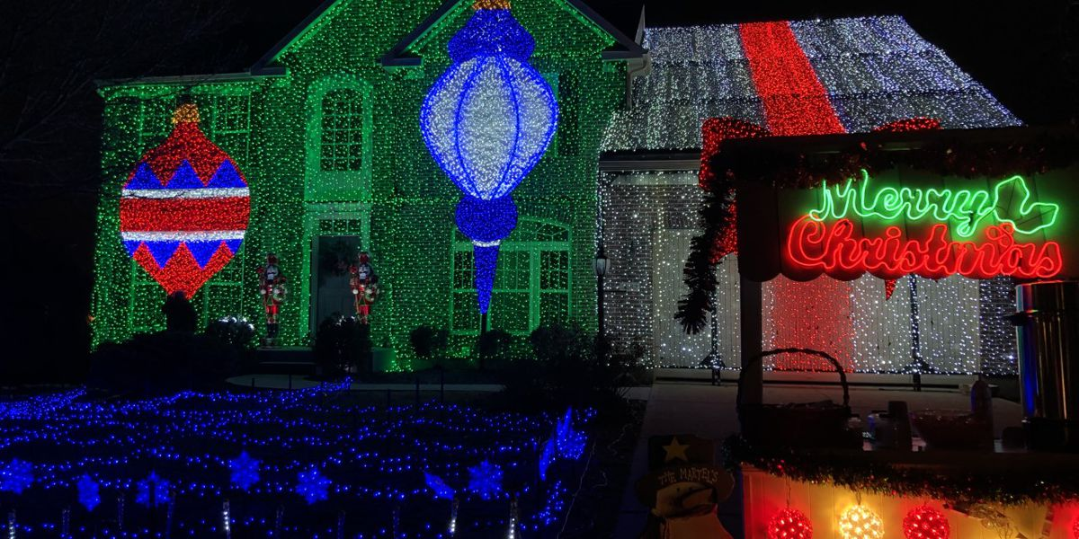 Mason family goes all out for 2020 Christmas display