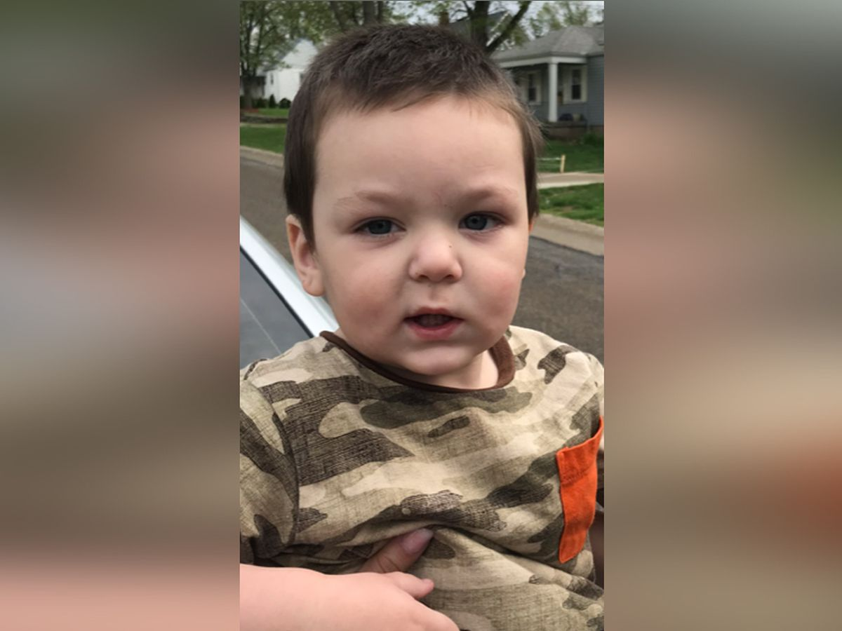 Young child found wandering in Delhi Township