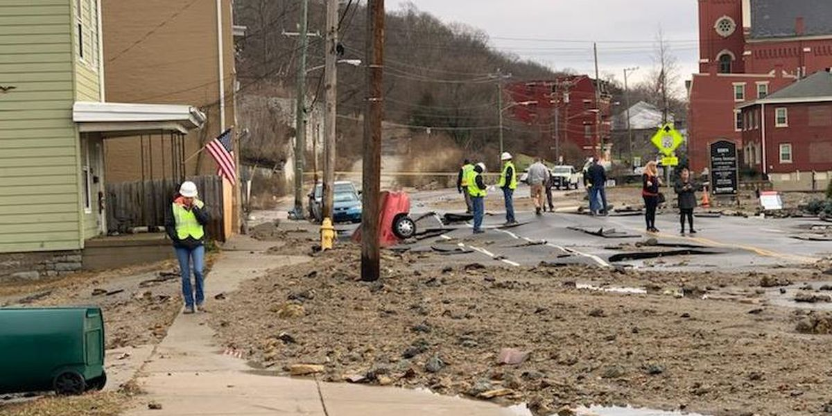 Crews locate damaged section of water main on Riverside Drive allowing repairs to start