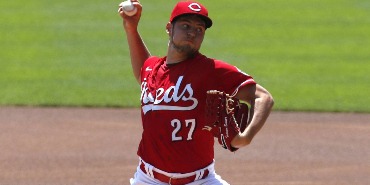 Reds lose wild game one in 13-inning marathon