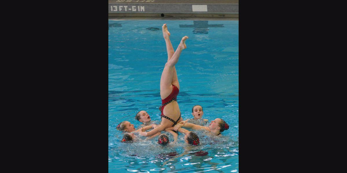 Cincinnati synchronized swimming team celebrates 50 year anniversary