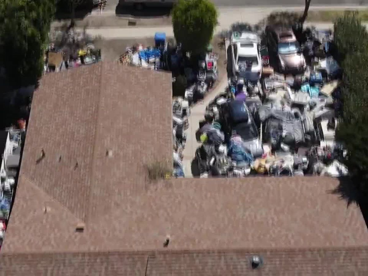 An extremely messy yard frustrated neighbors for years in Los Angeles, but change may be coming