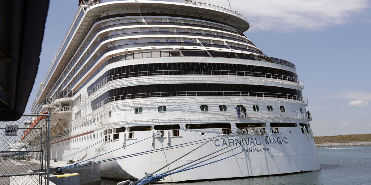 Tri-State man out hundreds of dollars after Carnival Cruises cancellation 'glitch'