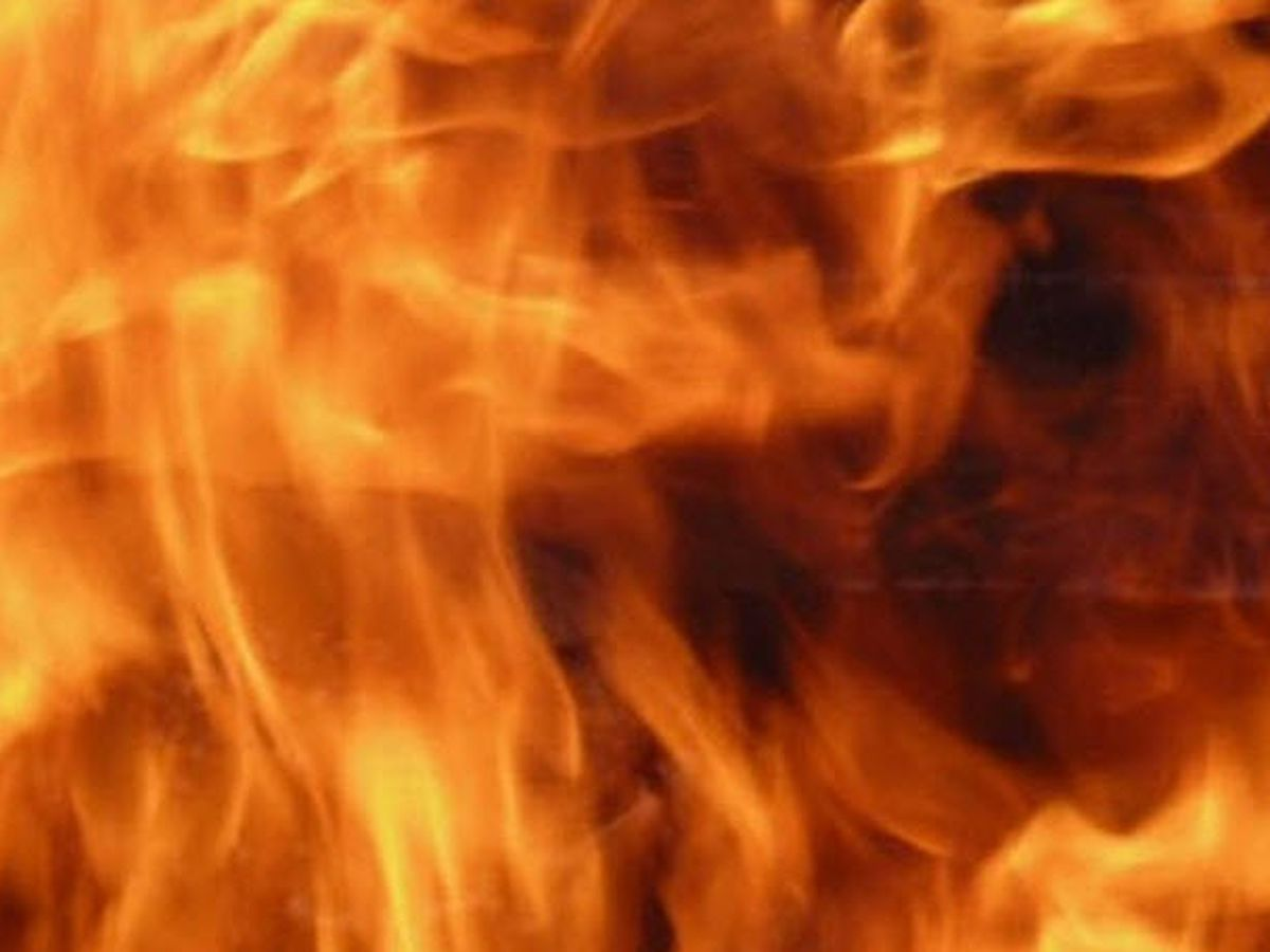 7 displaced in Warren County fire