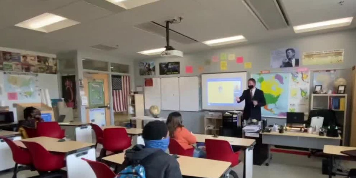 How one Tri-State social studies class is grappling with 2021′s political whirlwind