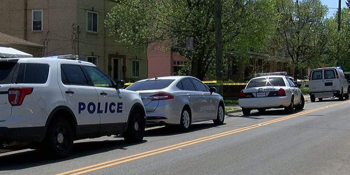 Woman shot in West Price Hill, police searching for 2 suspects