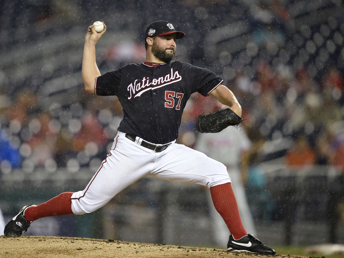 Reds beef up rotation, acquire Tanner Roark in trade with Nationals
