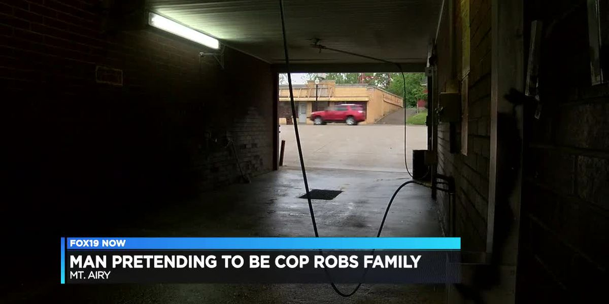 Man pretending to be cop robs family