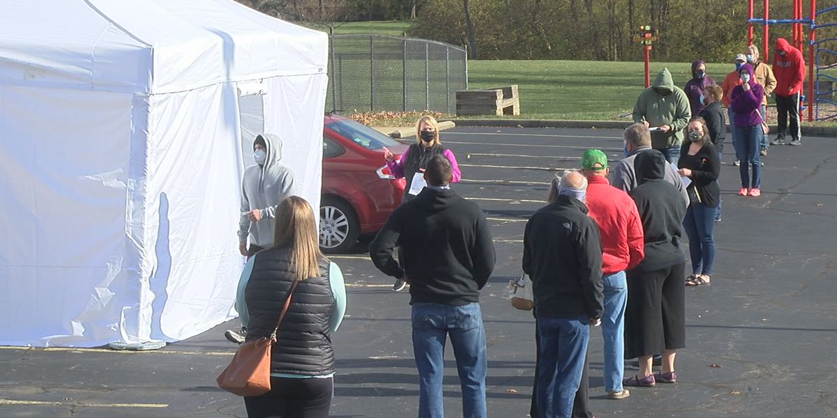 Locals lining up to get tested for COVID-19 before Thanksgiving
