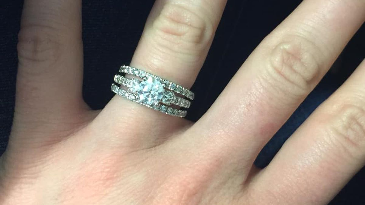 Northern Kentucky mother loses wedding rings in burglary, fears she was being watched