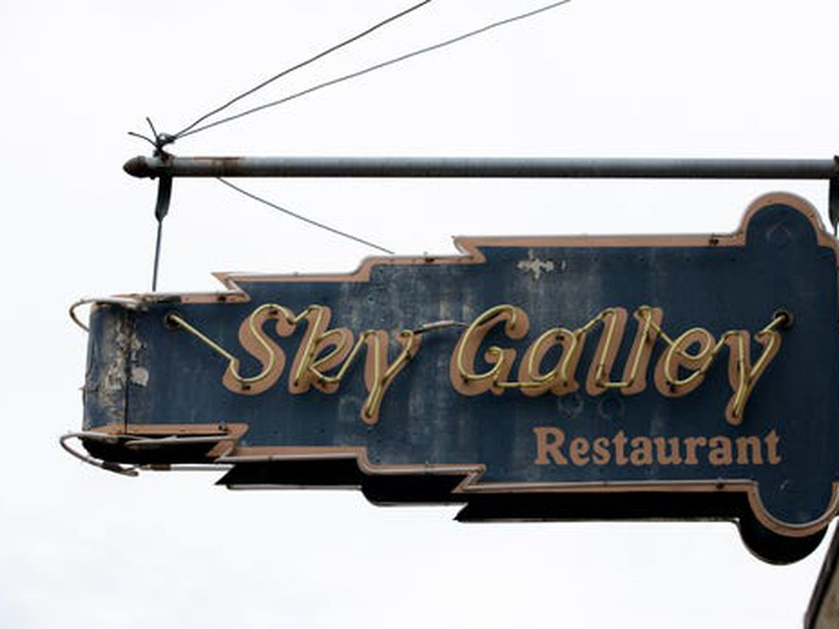 City reaches agreement to keep Sky Galley restaurant open