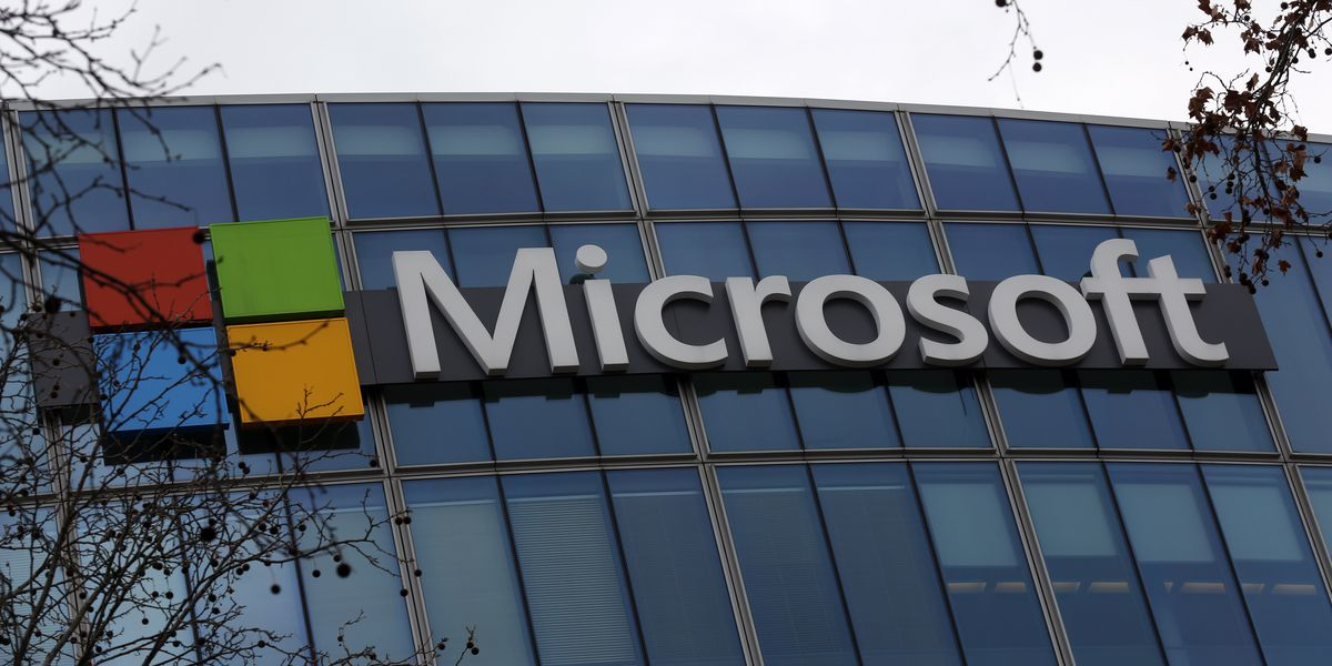 Microsoft messaging app Teams crashes, some function returns