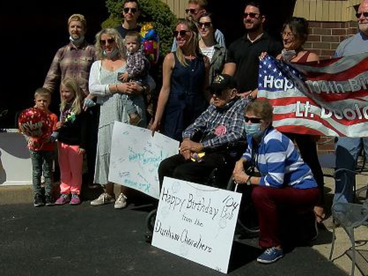 WWII veteran celebrates 104th birthday with surprise parade