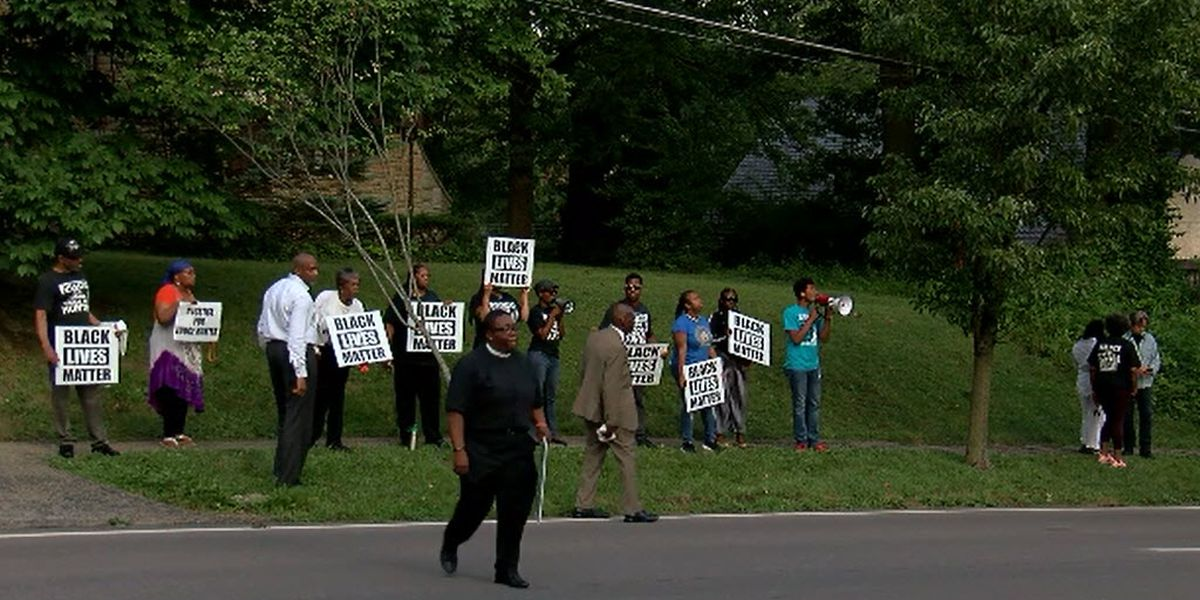 Supporters of former judge Tracie Hunter spotted outside different judge's home