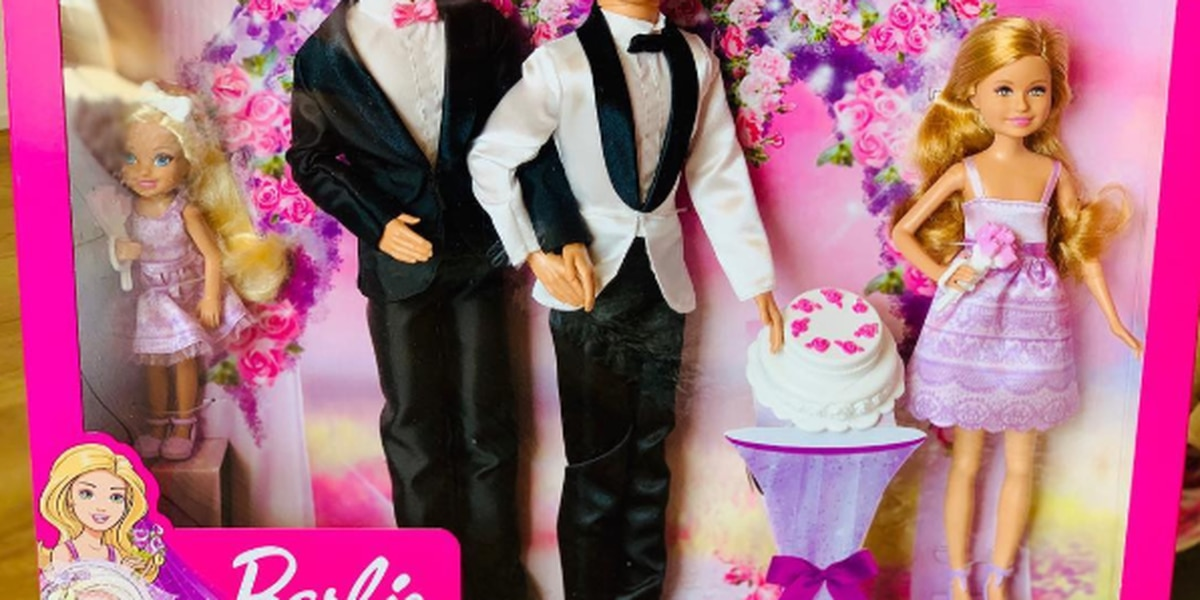 Gay couple to meet with Mattel to discuss making same-sex couple dolls