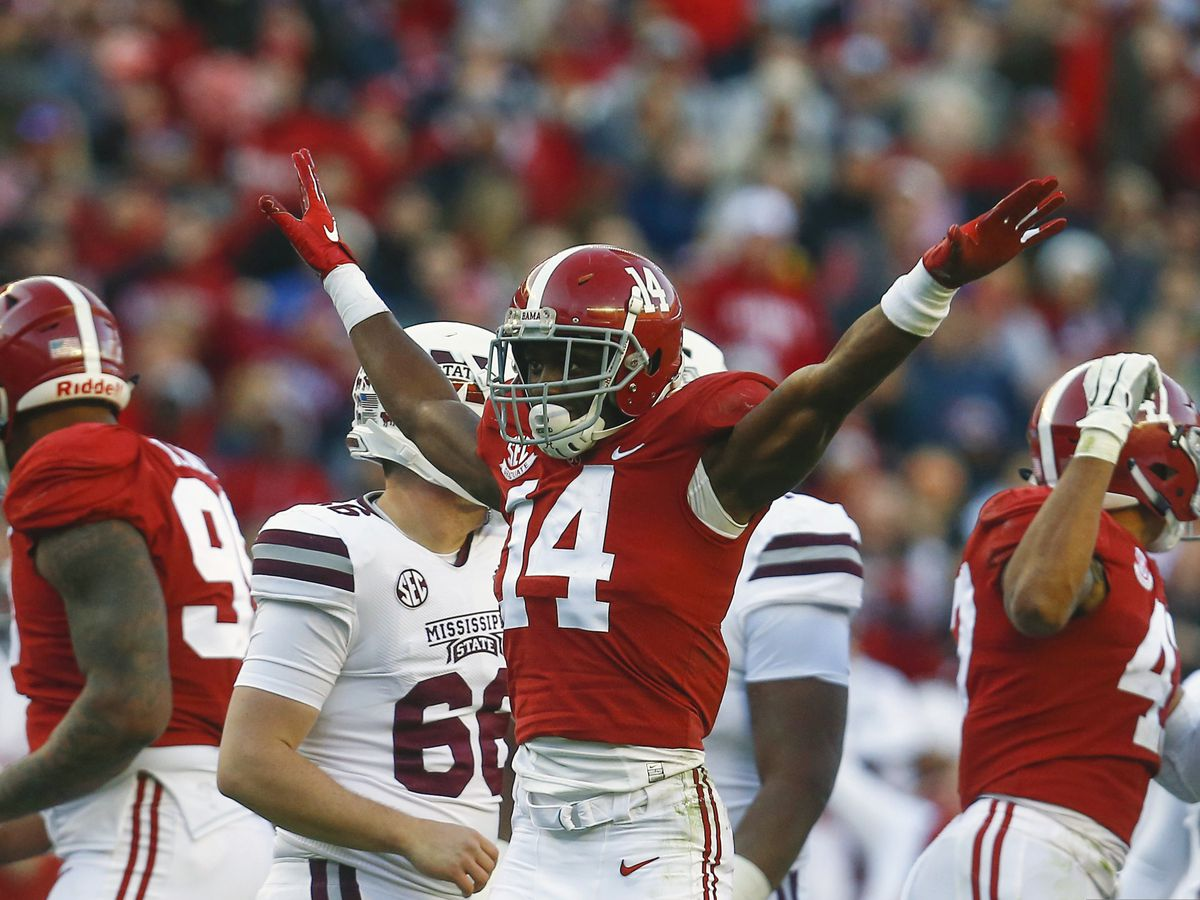 AP All-America team: Tide leads with 4 of 10 CFP players