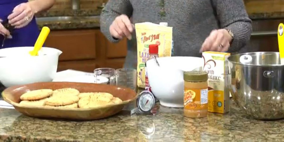 How to make large, vegan, peanut butter cookies