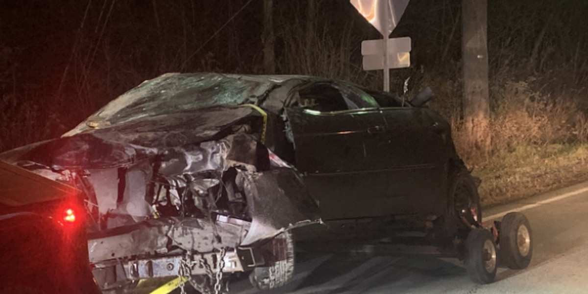 Red Bank Road crash hospitalizes 4